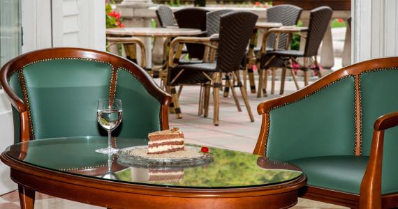kulinarika-grandhotelrogaska-grandcafe-01